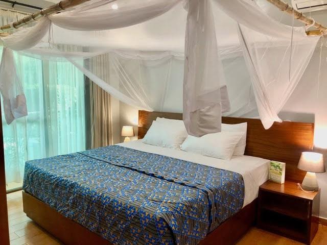Residence bedroom KING